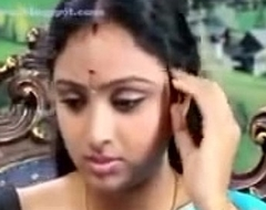 South waheetha hawt scene give tamil hawt episode anagarigam.mp4