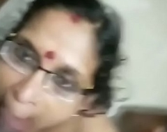 Mature mallu mom giving oral stimulation and taking cum in mouth