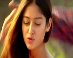 Ileana D'_cruz Sexy Kissing Scenes Back To Back
