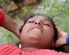 Indian repast Sexy village Aunty intrigue in outdoor hawt sex flick part-2