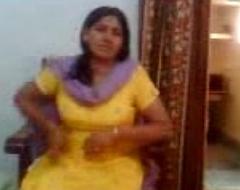 Bhabhi Showing Boobs Alongside Devar