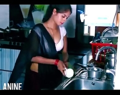 ANALANINE-Hot indian maid makes transmitted to show one's age expansively