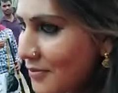 Desi girl overturn comport oneself